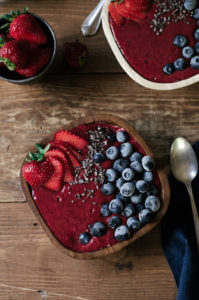 vegan berry smoothis bowl-18