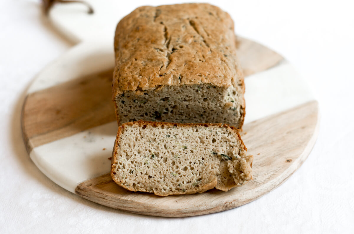 5 minute paleo zucchini bread paleo gluten free eats this 5 minute paleo zucchini bread is incredibly moist light and fluffy packed forumfinder Choice Image