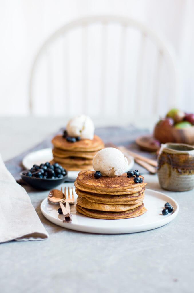 Best Paleo Pumpkin Pancakes Made In Only 10 Minutes! Easy Healthy Breakfast Recipe. Best Gluten Free Pumpkin Recipes.