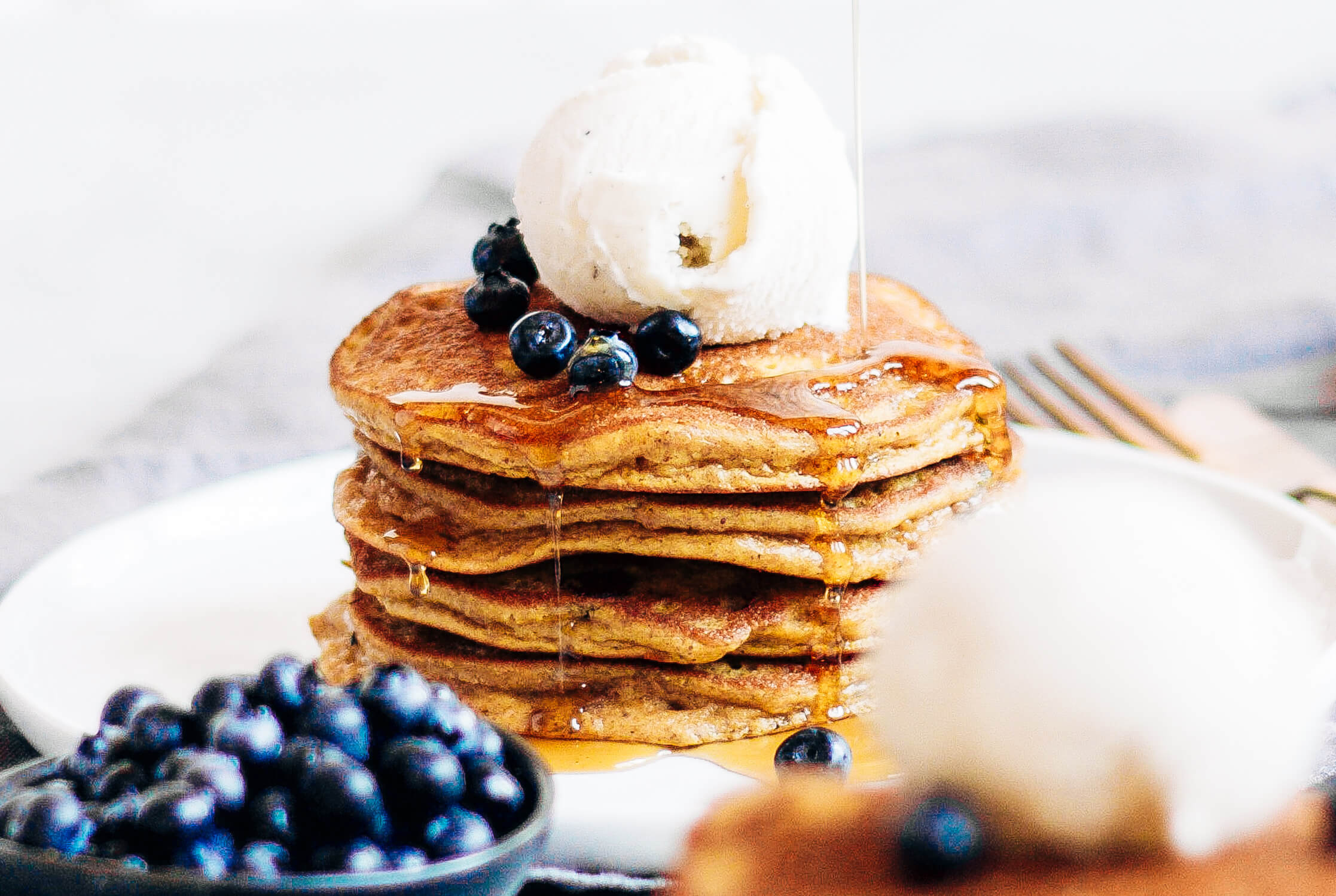 Light and Fluffy Pumpkin Pancakes that are grain free and Paleo! #paleo #breakfast #pancakes Paleo breakfast. Low carb paleo breakfast. Paleo breakfast on the go. Paleo for beginners. Paleo diet recipes. Paleo breakfast snacks. Almond flour paleo pancakes. Easy gluten free healthy pancakes.