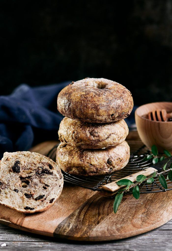 15 Minute Flourless Paleo Cinnamon Raisin bagels. best gluten free bagel recipe. Easy grain free and paleo bagels.