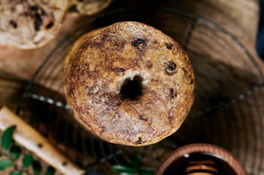Healthy Paleo Cinnamon Raisin Bagels