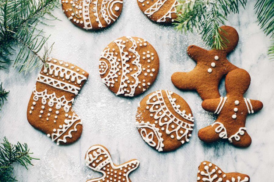 Easy Paleo Gingerbread Cookie Recipe