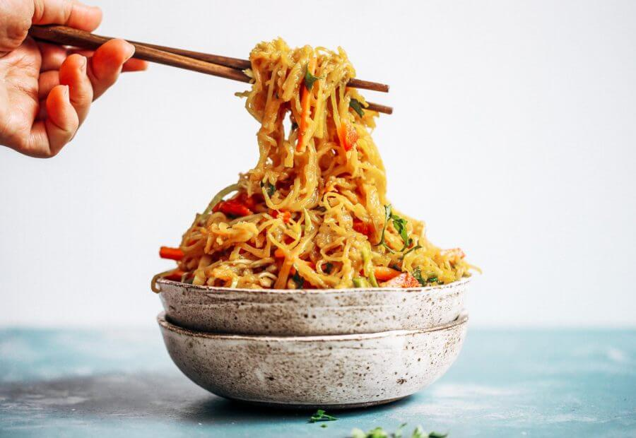 Best Asian Garlic Paleo Whole30 Noodles