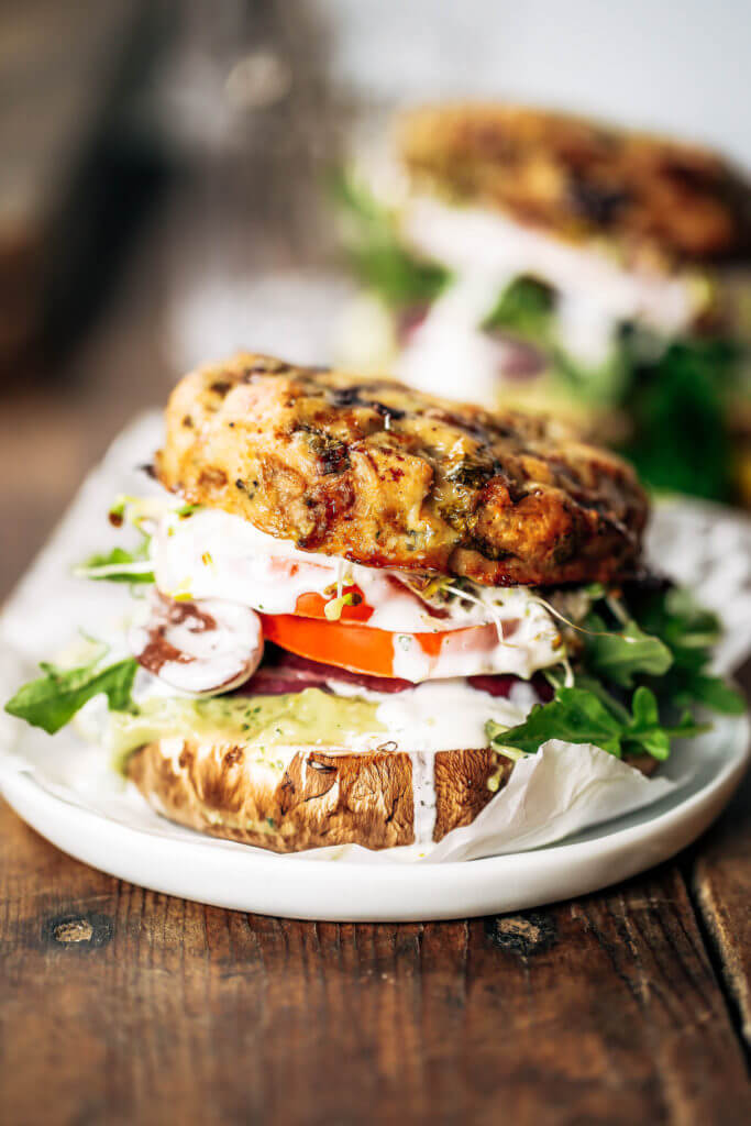 Best bun-less burger recipe! Easy whole30 greek turkey burgers with mint avocado sauce. Served with a slice of apple and portobello for a bun! A healthy paleo meal the whole family will enjoy! Paleo burger recipe. Paleo burger patties. Paleo beef burgers. Paleo meal plan. Easy paleo dinner recipes. Easy whole30 dinner recipes. Whole30 recipes. Whole30 lunch. Whole30 meal planning. Whole30 meal prep. Healthy paleo meals. Healthy Whole30 recipes. Easy Whole30 recipes.