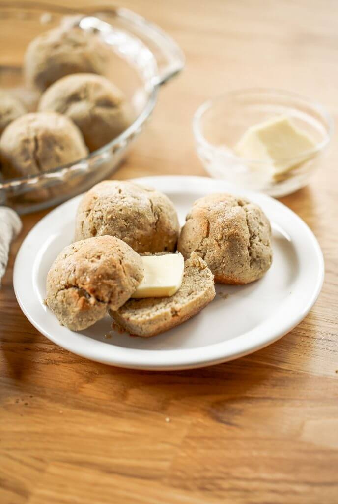 Homemade dinner rolls made with almond flour. These healthier paleo bread rolls are so easy to make and have no yeast! It's an easy gluten free bread recipe that the whole family will love. Perfect for serving with soup for dinner or with eggs for breakfast.#paleo #bread #baking #recipes #cooking